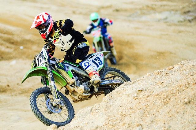 servicii medicale superfit motocross