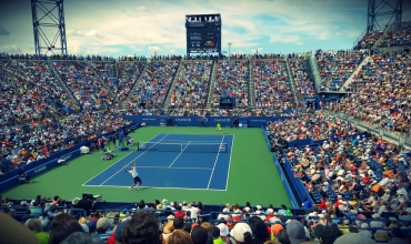 servicii superfit tenis de camp